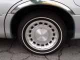 Lincoln Town Car 2001 Wheels and Tires