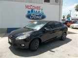 2013 Tuxedo Black Ford Focus SE Sedan #83377311