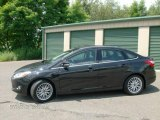 2012 Tuxedo Black Metallic Ford Focus SEL Sedan #83377406