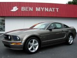 2005 Mineral Grey Metallic Ford Mustang GT Premium Coupe #83500629