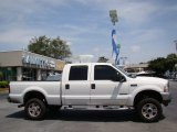 2002 Oxford White Ford F250 Super Duty Lariat Crew Cab 4x4 #84135835
