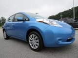 2013 Nissan LEAF S Front 3/4 View
