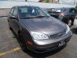 2005 Liquid Grey Metallic Ford Focus ZX4 SE Sedan #84312710