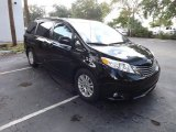 2011 Black Toyota Sienna XLE #84739198
