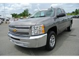 2013 Chevrolet Silverado 1500 LT Extended Cab Front 3/4 View