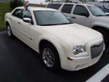 2009 Chrysler 300 Cool Vanilla White