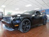 Dodge Challenger 2014 Data, Info and Specs