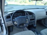 2003 Hyundai Elantra GLS Sedan Dashboard