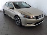 Champagne Frost Pearl Honda Accord in 2014