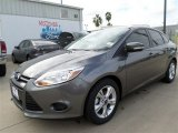 2014 Sterling Gray Ford Focus SE Sedan #86030971