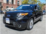 2011 Tuxedo Black Metallic Ford Explorer Limited 4WD #86037158