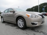 Nissan Altima 2014 Data, Info and Specs