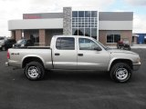 2004 Light Almond Pearl Metallic Dodge Dakota SLT Quad Cab 4x4 #86314521