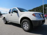 2013 Nissan Frontier S King Cab Front 3/4 View
