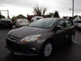 2014 Sterling Gray Ford Focus SE Sedan #86530849