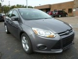 2014 Sterling Gray Ford Focus SE Hatchback #86892217