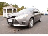 2014 Sterling Gray Ford Focus SE Hatchback #87666063