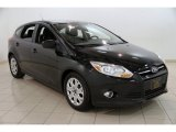 2012 Tuxedo Black Metallic Ford Focus SE 5-Door #87865214