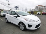 2013 Oxford White Ford Fiesta SE Hatchback #88059319