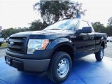 2014 Tuxedo Black Ford F150 XL Regular Cab 4x4 #88103837