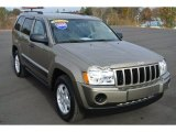 2006 Light Khaki Metallic Jeep Grand Cherokee Laredo #88104548