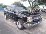 Black Chevrolet Avalanche in 2003