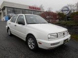 Volkswagen Jetta 1998 Data, Info and Specs