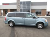 2010 Clearwater Blue Pearl Chrysler Town & Country LX #89007600