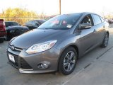 2014 Sterling Gray Ford Focus SE Sedan #89161190