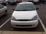 2003 Cloud 9 White Ford Focus ZX5 Hatchback #89265387
