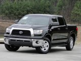 2008 Toyota Tundra SR5 CrewMax 4x4 Front 3/4 View