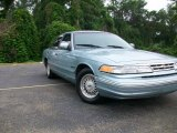 1995 Ford Crown Victoria LX Data, Info and Specs
