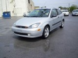 2003 CD Silver Metallic Ford Focus ZX3 Coupe #8917333