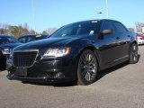 2013 Phantom Black Tri-Coat Pearl Chrysler 300 C John Varvatos Limited Edition #89433646