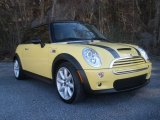 2005 Liquid Yellow Mini Cooper S Hardtop #89762377