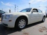 2005 Cool Vanilla Chrysler 300 Touring #90645408