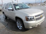 Chevrolet Suburban 2014 Data, Info and Specs