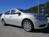 2014 Nissan Sentra S Front 3/4 View