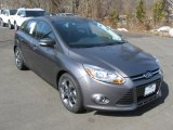 2014 Sterling Gray Ford Focus SE Hatchback #91048103