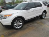 2014 White Platinum Ford Explorer XLT #91942733