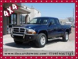 2004 Patriot Blue Pearl Dodge Dakota SXT Club Cab 4x4 #92388618