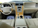 2007 Lincoln Navigator Ultimate Camel/Sand Interior