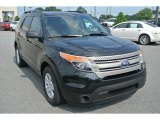 2013 Ford Explorer FWD Front 3/4 View