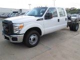 2015 Ford F350 Super Duty XL Crew Cab Chassis Data, Info and Specs