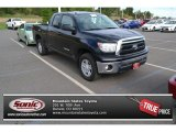 Black Toyota Tundra in 2013
