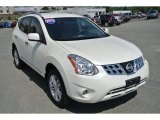 2013 Pearl White Nissan Rogue SV #96880024