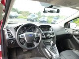 2012 Ford Focus Titanium 5-Door Dashboard