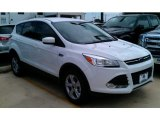 2014 Oxford White Ford Escape SE 1.6L EcoBoost #97745268