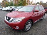 Nissan Pathfinder 2015 Data, Info and Specs
