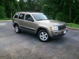 2006 Light Khaki Metallic Jeep Grand Cherokee Laredo #9832360